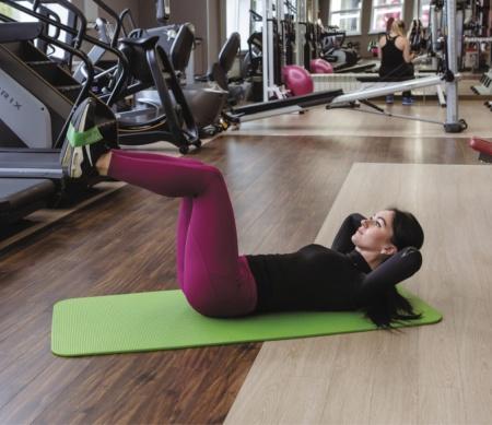 Тренировка с фитнес-резинкой